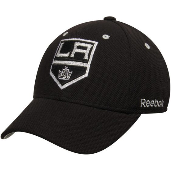 Wear the hat of the Kings